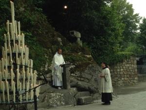 messe à la grotte 90620152